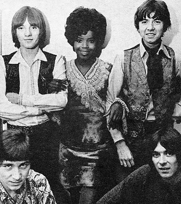 pp arnold small faces